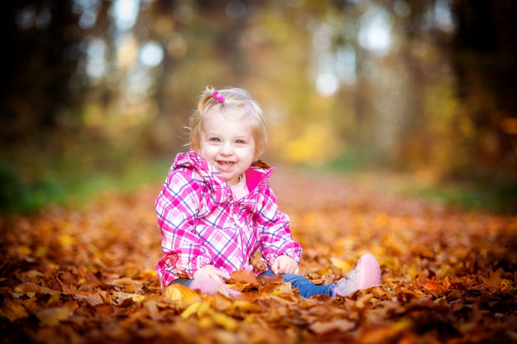 Kinderfoto Herbstlaub